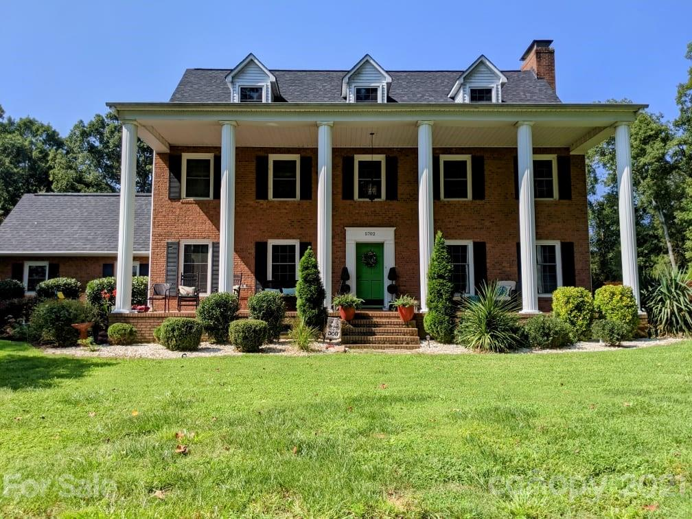 5702 Shoreview Drive Concord, NC 28025