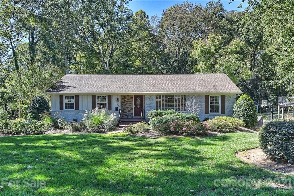 4700 Water Oak Road Charlotte, NC 28211