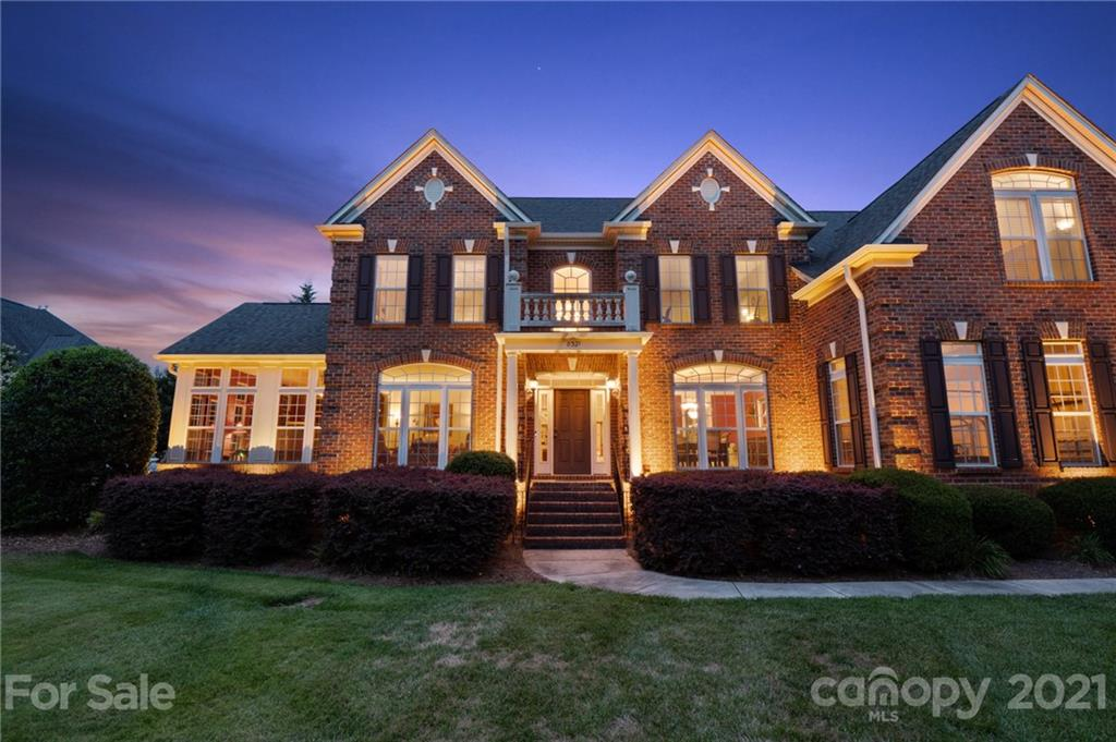 8321 Carly Lane Mint Hill, NC 28227