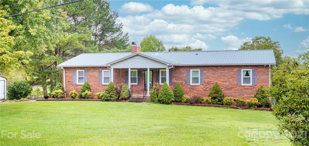 2329 Mountain View Road Hickory, NC 28602