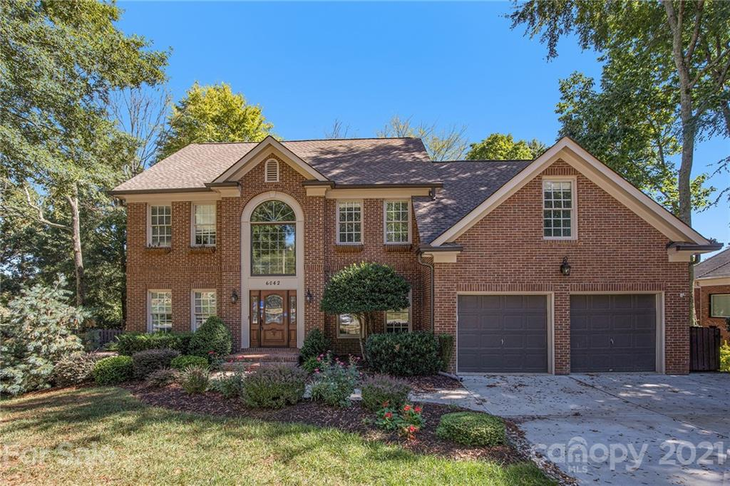 6042 Glen Manor Drive Charlotte, NC 28269