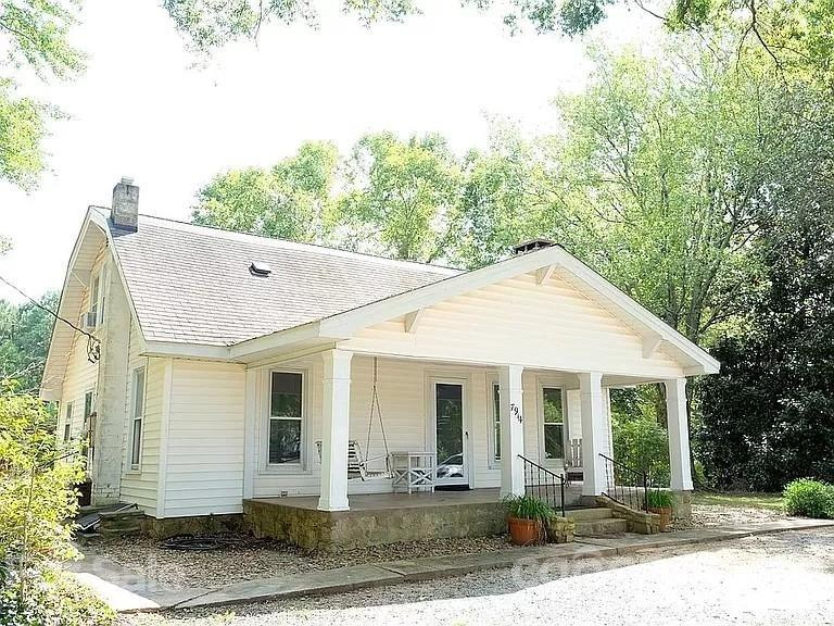 7914 Hagers Ferry Road Denver, NC 28037