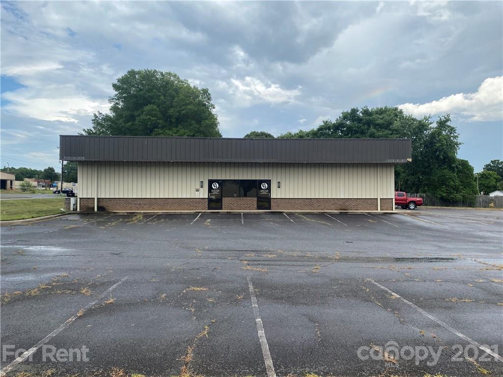 1201 Pine Street Mooresville, NC 28115