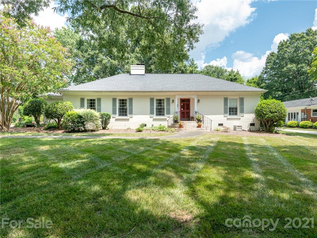 4635 Water Oak Road Charlotte, NC 28211