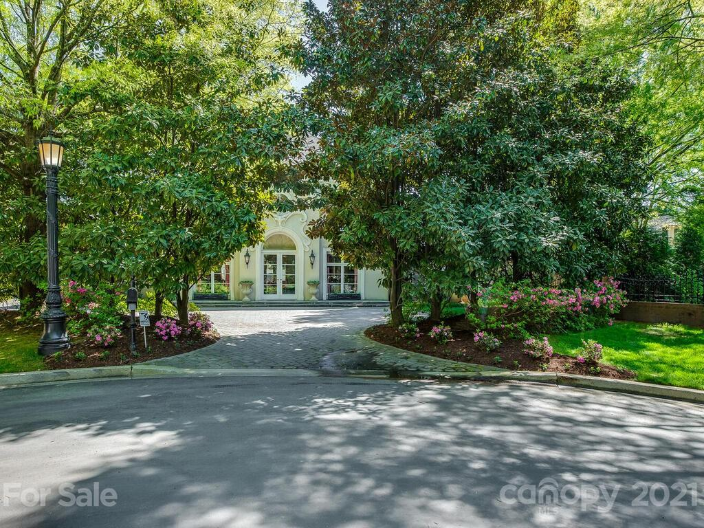 7216 Country View Court Charlotte, NC 28207