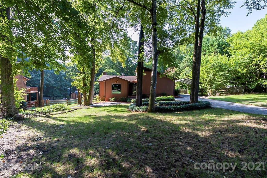 5521 Carving Tree Drive Harrisburg, NC 28075