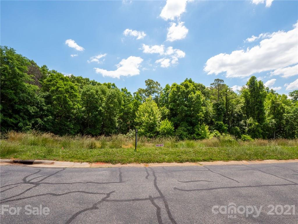 13923 Point Lookout Road Charlotte, NC 28278