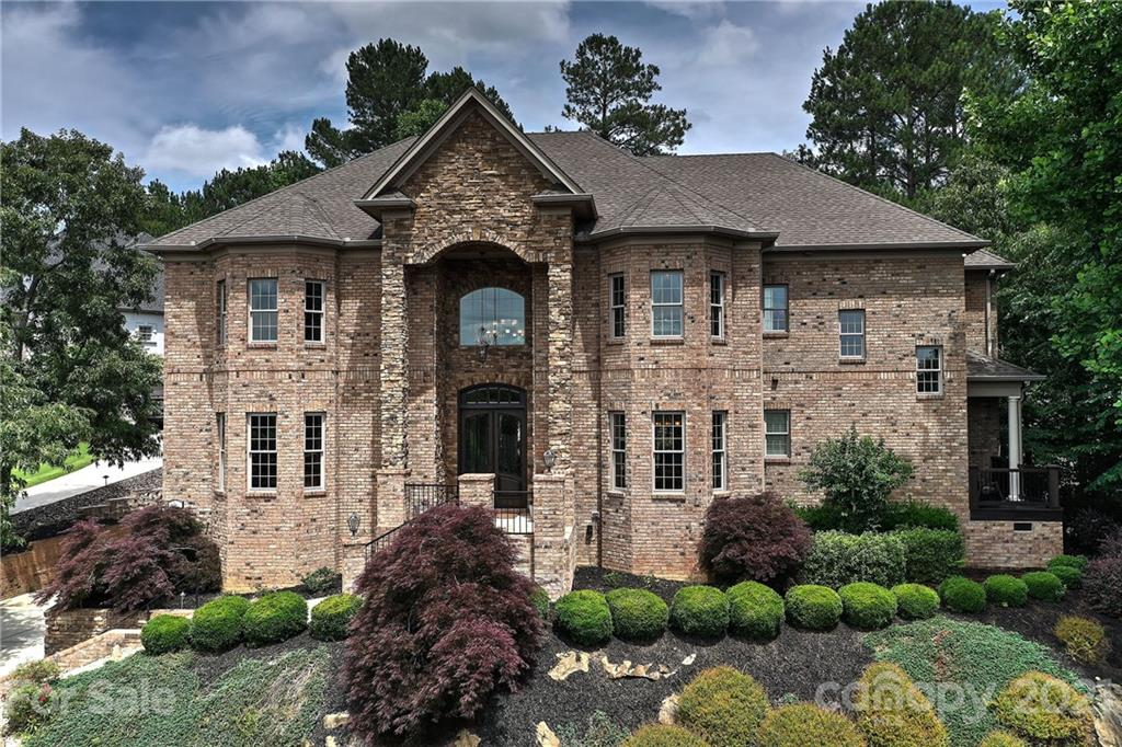 1486 Winged Foot Drive Denver, NC 28037