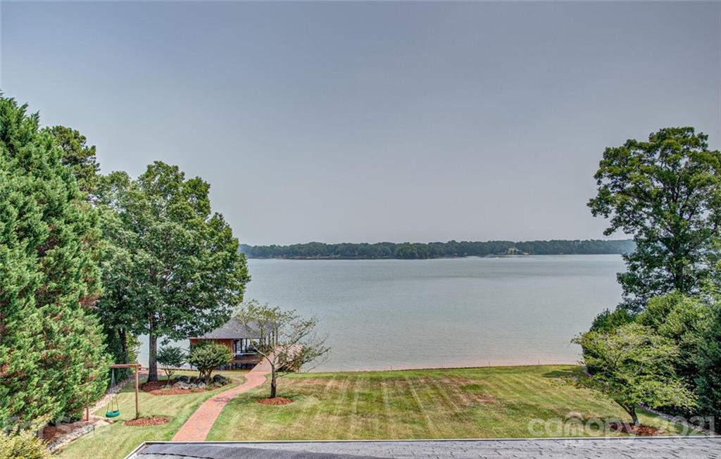 2105 Windermere Lane Shelby, NC 28150