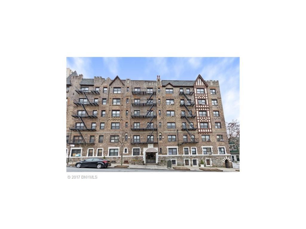 130 Bay Ridge Pky Parkway #3A Brooklyn, NY 11209