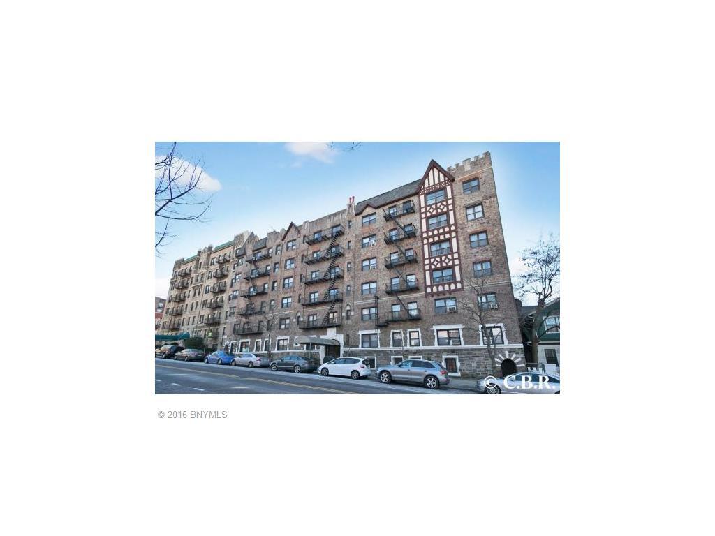 130 Bay Ridge Pkwy Parkway #2B Brooklyn, NY 11209
