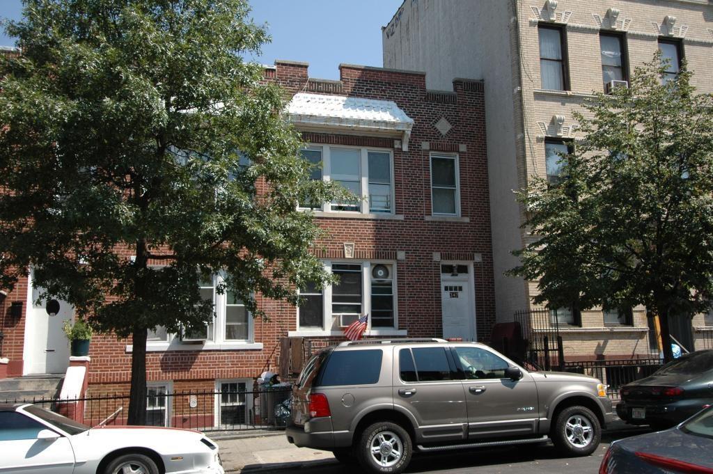 347 58 Street Brooklyn, NY 11220
