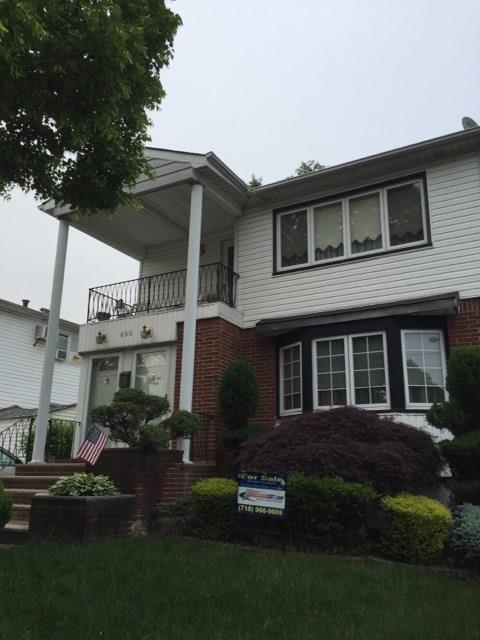 695 Collfield Avenue Staten Island, NY 10314