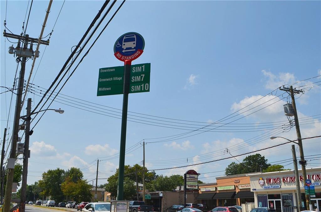 11 Heinz Avenue Staten Island, NY 10308