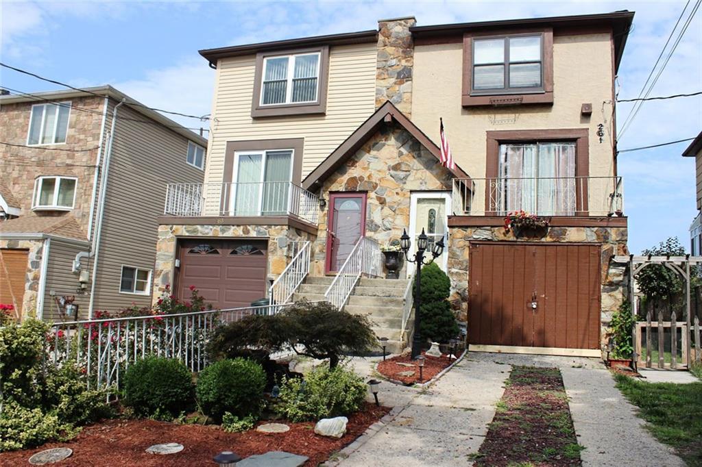 261 Grantwood Avenue Staten Island, NY 10312