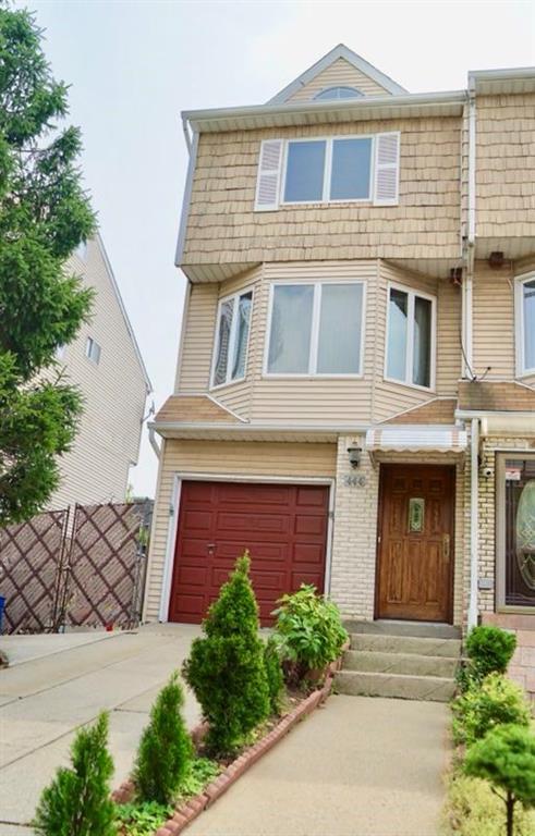 444 Maryland Avenue Staten Island, NY 10305