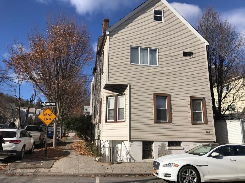 Withheld Street Staten Island, NY 10304