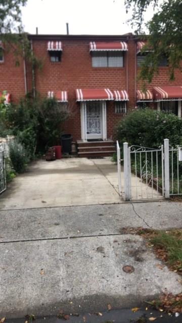 718 Sarotga Avenue Brooklyn, NY 11212