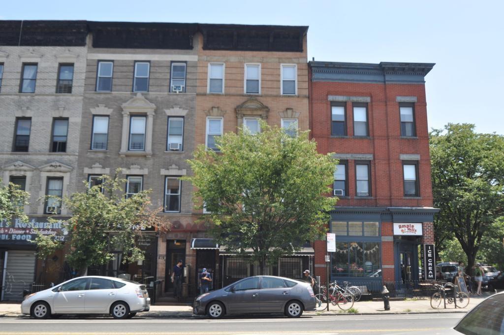 621 Vanderbilt Avenue Brooklyn, NY 11238