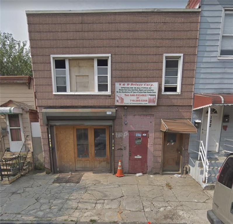 124 30 Street Brooklyn, NY 11232