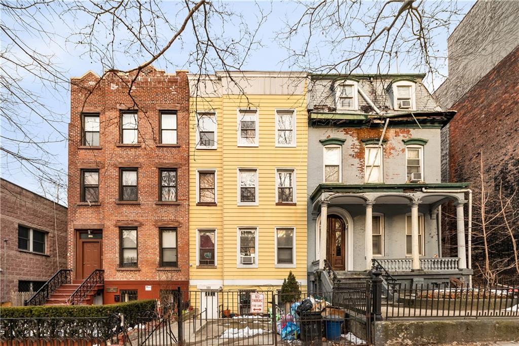 111 Clinton Avenue Brooklyn, NY 11205