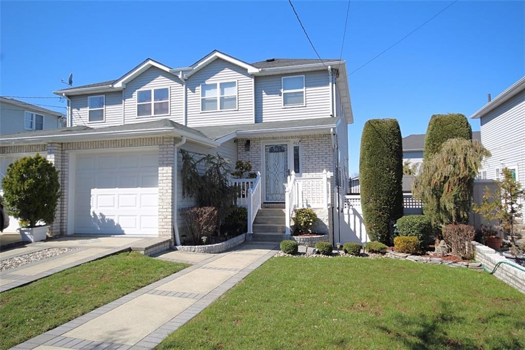 207 Gurley Avenue Staten Island, NY 10308