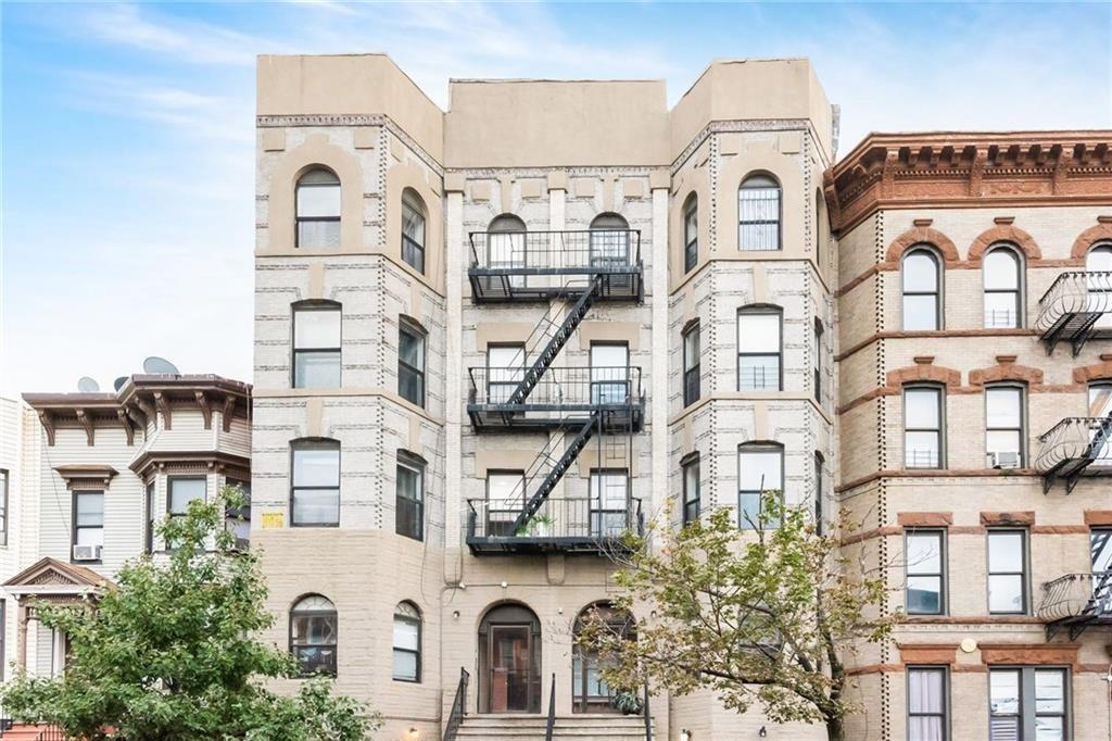 320 57 Street #3A Brooklyn, NY 11220