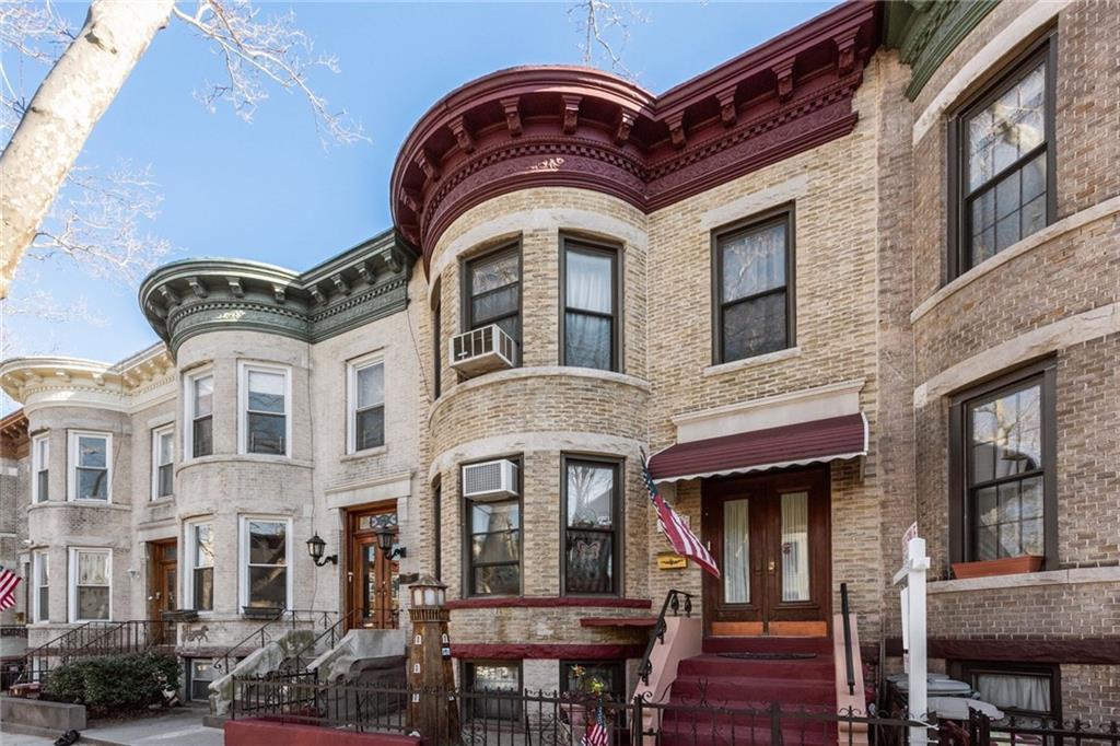 555 74 Street Brooklyn, NY 11209