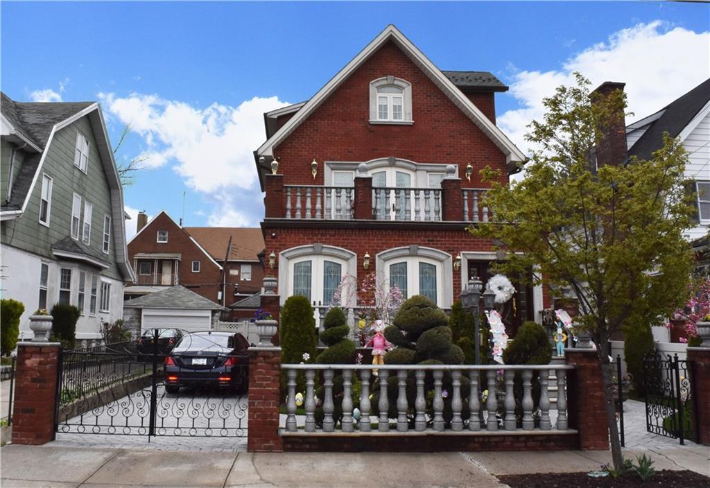 1019 85 Street Brooklyn, NY 11228