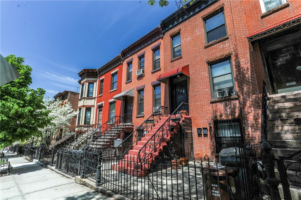 565 40 Street Brooklyn, NY 11232