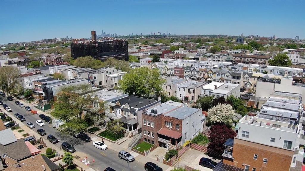 1867 62 Street Brooklyn, NY 11204