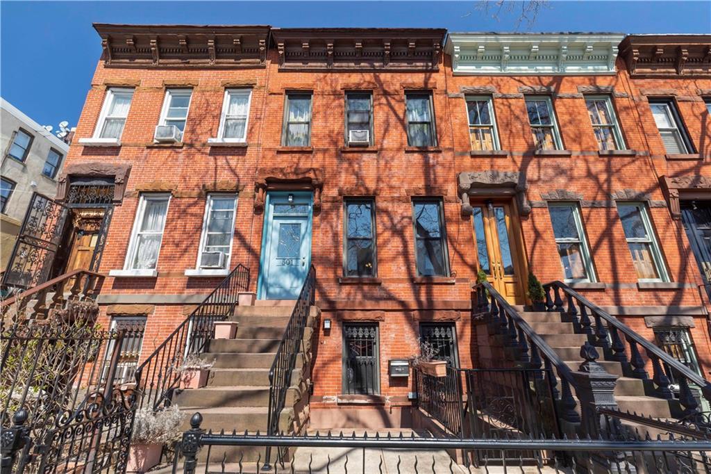 501 17 Street Brooklyn, NY 11215