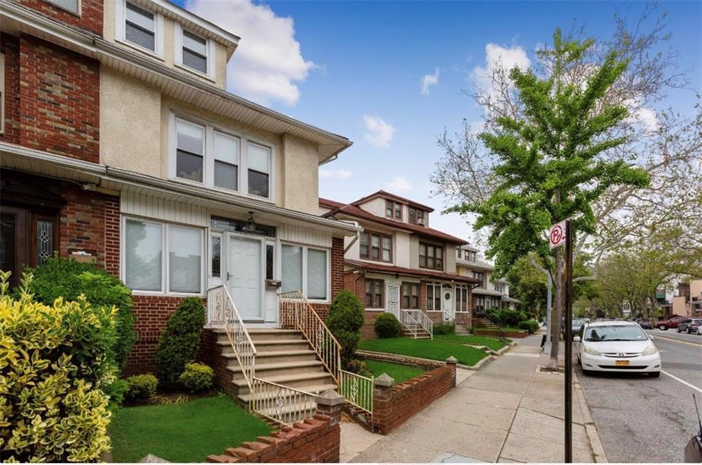7622 6 Avenue Brooklyn, NY 11209