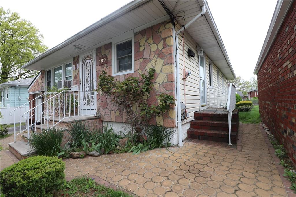 169 Caswell Avenue Staten Island, NY 10314
