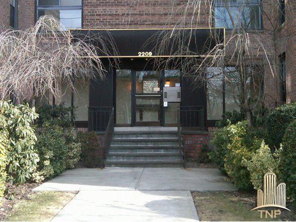 2209 Knapp Street #2G Brooklyn, NY 11229