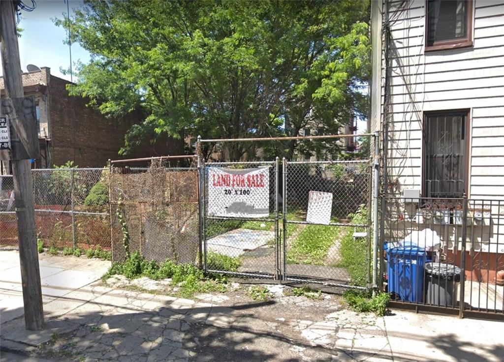 210 Montauk Avenue Brooklyn, NY 11208