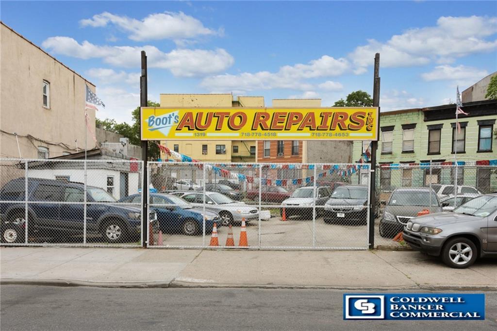 1319 East New York Avenue Brooklyn, NY 11212