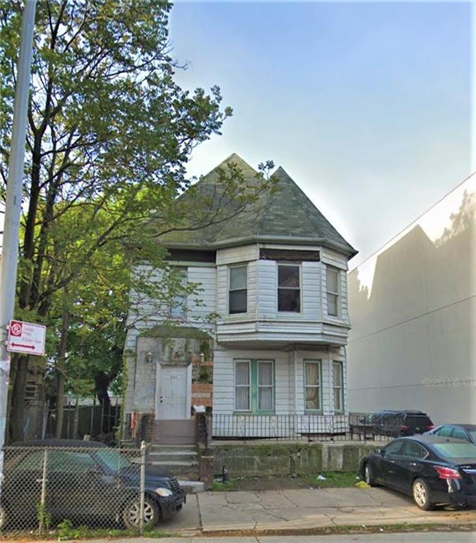 288 Hawthorne Street Brooklyn, NY 11225