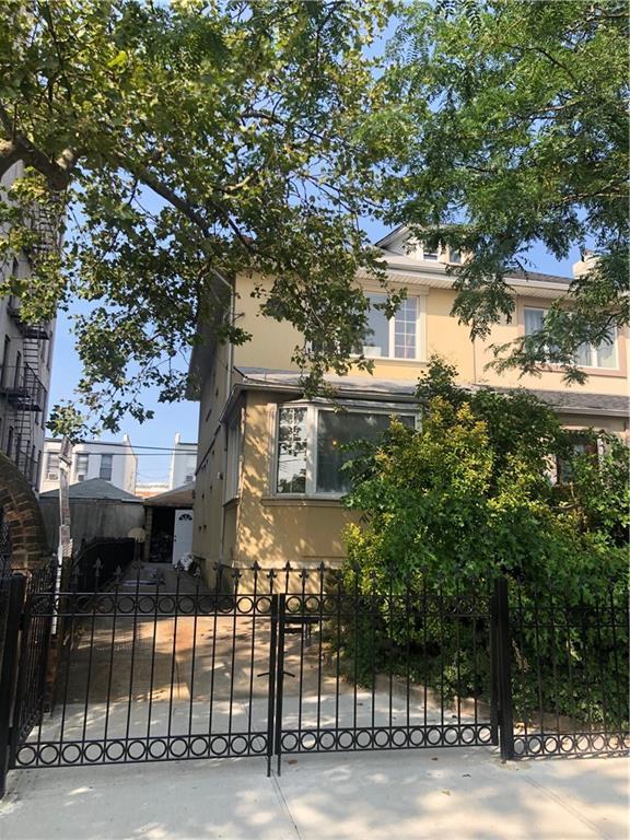 919 80 Street Brooklyn, NY 11228