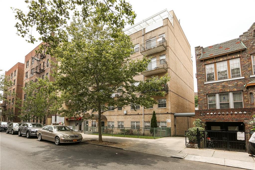 1642 West 9 Street #3A Brooklyn, NY 11223