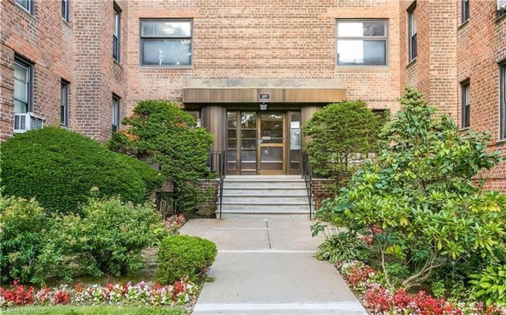 2250 Brigham Street #5-B Brooklyn, NY 11229
