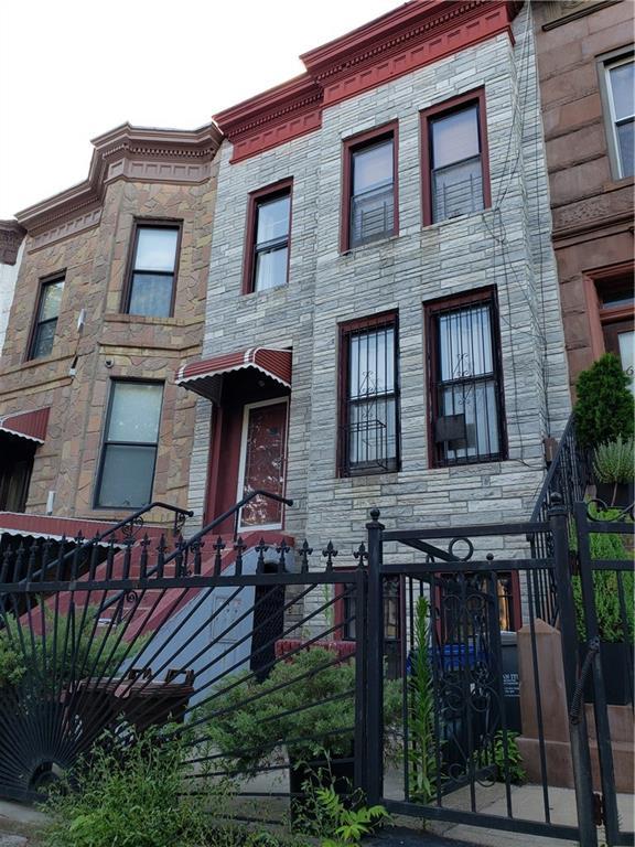 605 Bainbridge Street Brooklyn, NY 11233