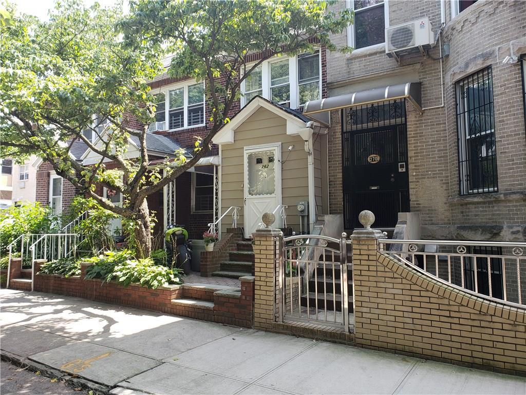 262 Wakeman Place Brooklyn, NY 11220