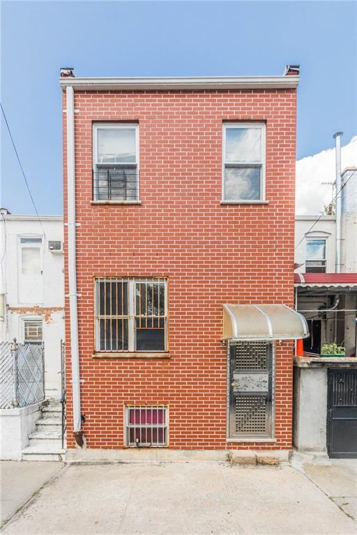 832 53 Street Brooklyn, NY 11220
