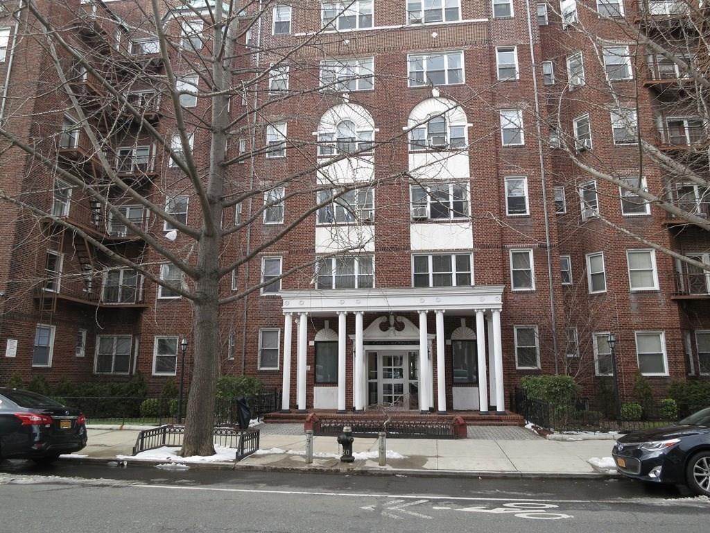 901 Avenue H #1E Brooklyn, NY 11230