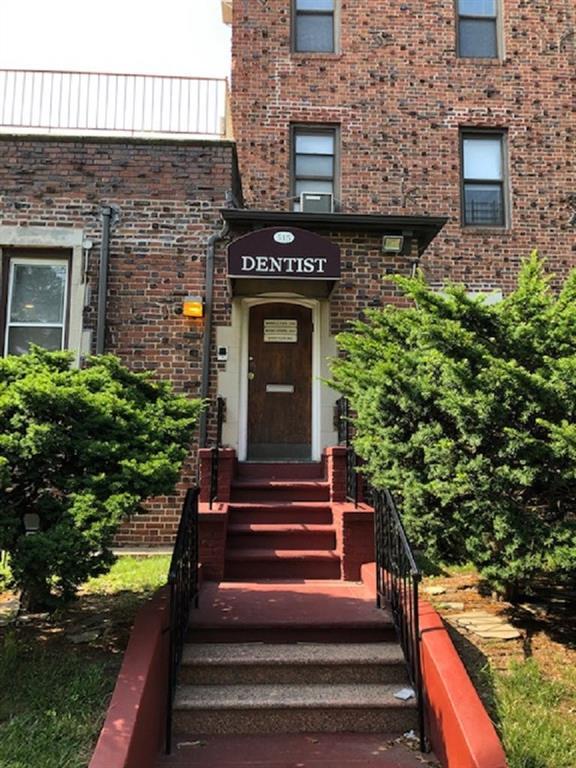 515 Avenue I Brooklyn, NY 11230