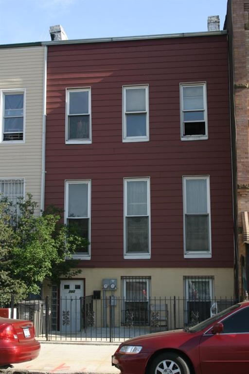 780 Lafayette Avenue Brooklyn, NY 11221
