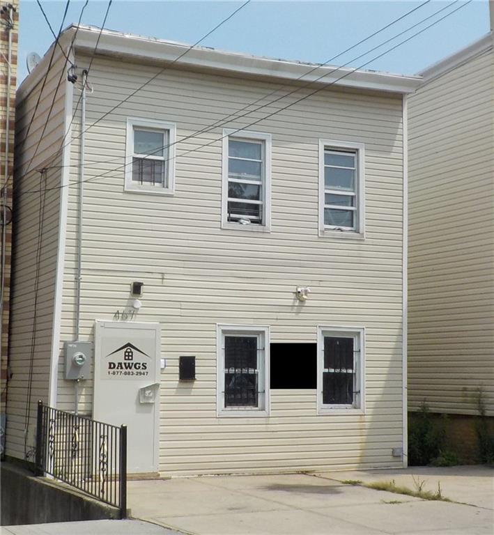 467 Essex Street Brooklyn, NY 11208