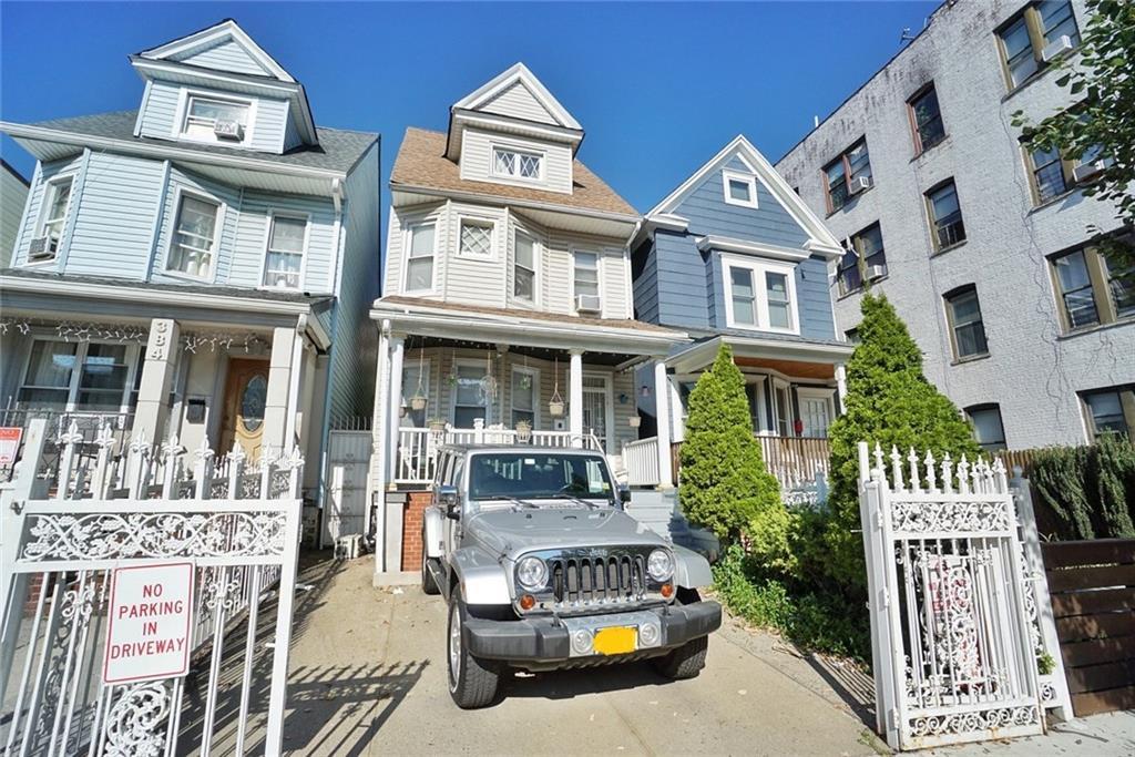 382 East 8 Street Brooklyn, NY 11218