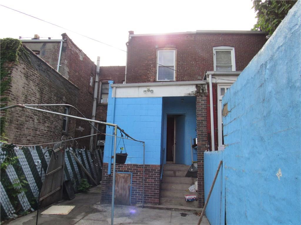 325 Bradford Street Brooklyn, NY 11207